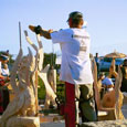 chainsaw wood carving